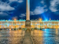 Россия. Санкт-Петербург. Панорама Дворцовой площади. Panorama of the Palace Square. St. Petersburg. Russia. Фото marcorubino - Depositphotos
