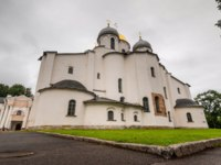 Великий Новгород. Софийский собор. White old reconstructed cathedral on territory of old monastery in city of Velikiy Novgorod. Фото asokolov160585 - Deposit