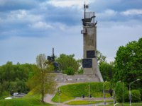 Victory Monument to commemorate the Soviet victory over Nazi Germany on Veliky Novgorod Catherine's Hill. Фото Igor-SPb - Depositphotos