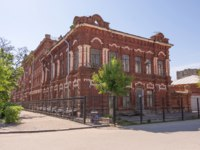 Волгоград. House of a residential merchant Shlykova and a mechanical workshop in the Voroshilovsky district of the city of Volgograd. Фото Gaika1967 - Depositphotos