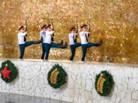 Россия. Город-герой Волгоград. Soldiers guard march in Hall of Military Glory. Memorial complex Mamayev Kurgan in Volgograd. Фото ElenaOdareeva-Depositphotos