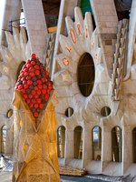 Барселона. Храм Святого Семейства (арх. А.Гауди). Sagrada Familia. Barcelona, Spain. Фото Pere Sanz - Depositphotos