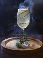 Клуб путешествий Павла Аксенова. Anantara Chiang Mai Resort & Spa. Cucumber_and_Rosmary_Gin_Fizz