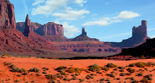 США. Долина монументов. Monument Valley Panorama USA, Arizona beautiful landscape. Фото pinkcandy - Depositphotos