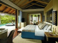 Мальдивы. Shangri-La's Villingili Resort & Spa, Maldives. Beach Villa bedroom