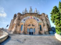 Испания. Каталония. Барселона. The Temple del Sagrat Cor (Church of the Sacred Heart), Barcelona, Spain. Фото Nanisimova_sell - Depositphotos