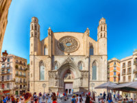 Испания. Каталония. Барселона. Facade of Santa Maria del Mar church, Barcelona, Catalonia, Spain. Фото marcorubino - Depositphotos